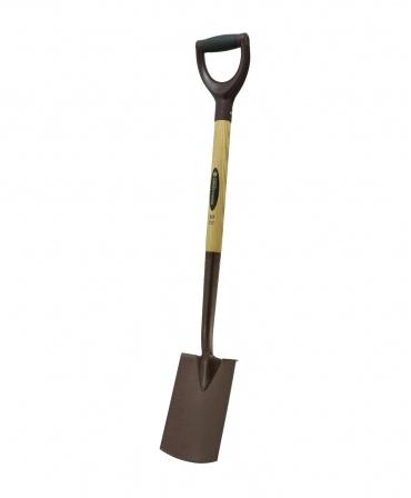 Cazma cu lama din otel, margini indoite, coada de lemn, maner Y plastic, pentru spatii inguste, Spear & Jackson Elements, unghi