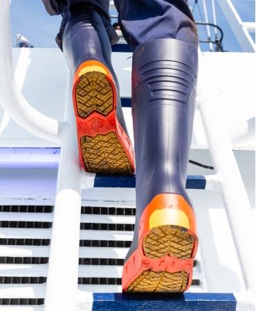 Cizme protectie Bekina StepliteX StormGrip, S5, bleumarin/portocaliu, vedere de pe scara