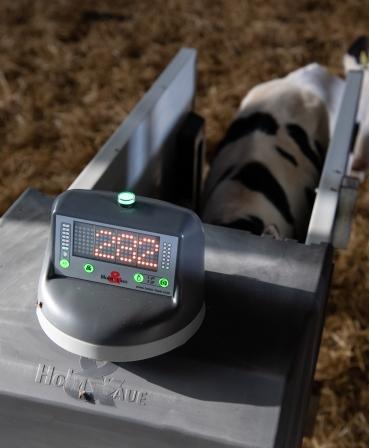 Afisaj rotativ Hygiene Station, automat de alaptare Holm&Laue CalfExpert