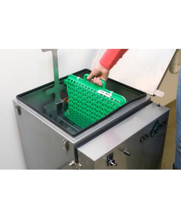 Sistem management colostru coloQuick Pasteur II, caseta de plastic