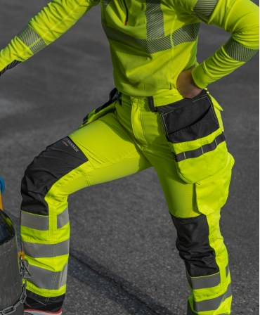 Bluza Helly Hansen Lifa Active Half Zip, reflectorizanta, HVC2, 3, galbena, asortata cu pantalonii