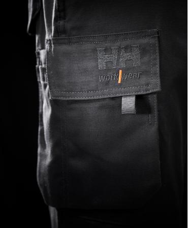 Pantaloni de lucru dama Helly Hansen Luna Service, negri, detalii buzunar