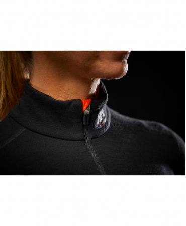 Bluza dama Helly Hansen Lifa Merino Half Zip, neagra, detalii cusaturi guler