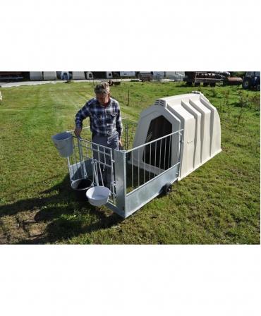 Cuseta individuala vitei Calf-Tel PRO II cu gard metalic, fara a intrerupe vitelul din alaptare