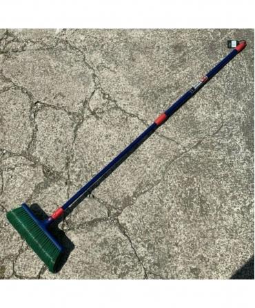 Matura peri curbati cu maner telescopic, Spear & Jackson Garden Tidy, afara