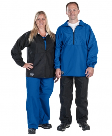 Jacheta Udder Tech, impermeabila, albastra cu semifermoar si neagra cu fermoar intreg