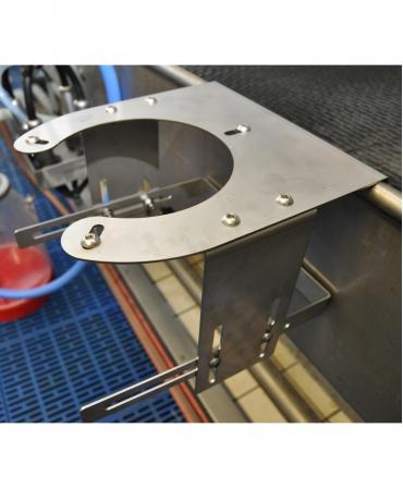 Accesoriu pentru spalarea galetilor in sala de muls, Holm&Laue CanWash, produs