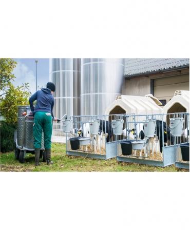 Boxa comuna pentru 2-3 vitei, Calf-Tel TwinHutch cu FlexyFence H&L, in ferma