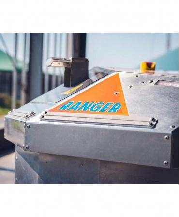 Robot de impins furaje BouMatic Ranger, de aproape